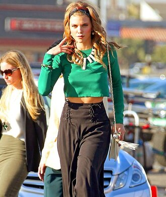 t-shirt pants jewels naomi clark annalynne mccord 90210