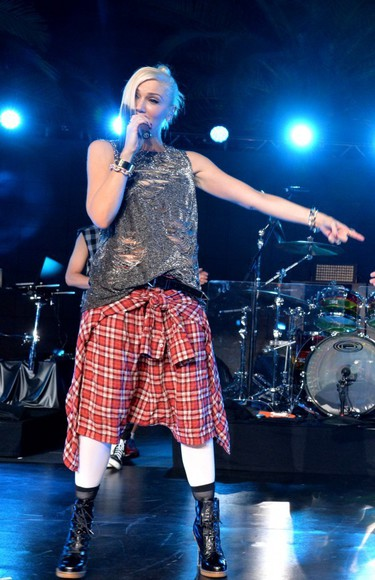 shorts flannel gwen stefani