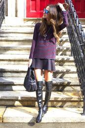 something navy,skirt,t-shirt,shoes,bag,sunglasses