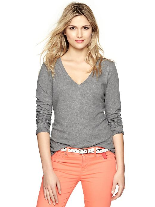 gap essential long sleeve v neck t - gray