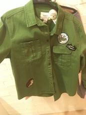 jacket,green,embroidered,embroidered jacket,denim jacket,top,shirt,hedgehog shirt,alligator,crocodile,happiness