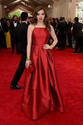 dress,gown,red,prom dress,hailee steinfeld,red dress,red carpet,red carpet dress,met gala,metgala2015,red long prom dress,ball gown dress,style,debs dress
