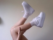 shoes,sneakers,platform sneakers,platform shoes,black,white,socks,flatforms
