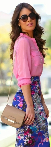 skirt,floral,blue,pink,midi,fashion,outfit,summer,spring,blouse,bag,sunglasses