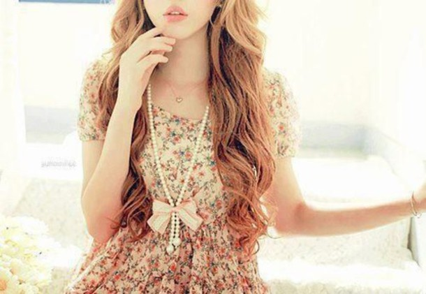 dress floral clothes pearl jewels floral flowers classy bright flower print bun chain