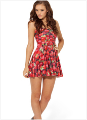 dress,strawberry
