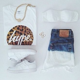 jeans shoes jewels sweater denim graphic tee t-shirt high waisted shorts quote on it high waisted jeans