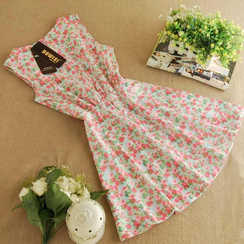Pretty floral skater dress from doublelw on storenvy
