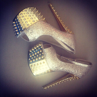shoes ayamare blue top spike heels spikes spiked shoes iwantthat iwantthissobad