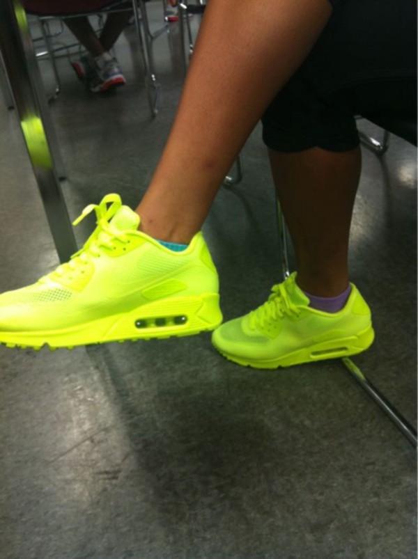 superior quality b85e4 c256e ... sweden shoes nike neon air max wheretoget 98f1f 2ad7a