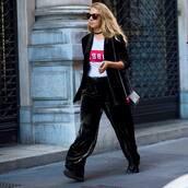 pants,black wide-leg velvet pants,velvet pants,wide-leg velvet pants,wide-leg pants,black pants,t-shirt,white t-shirt,black blazer,blazer,choker necklace,black choker,streetstyle