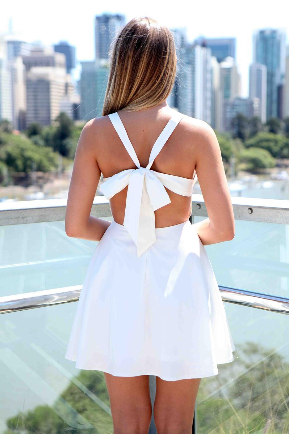 White criss cross dress photo album cleida