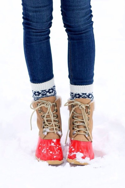 Shoes: duck boots, boots, socks, thick socks, pattern