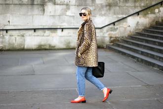 maisie ivy blogger coat jeans top shoes sunglasses bag
