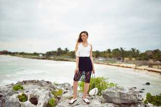 kayture blogger black skirt lace skirt white top top skirt shoes