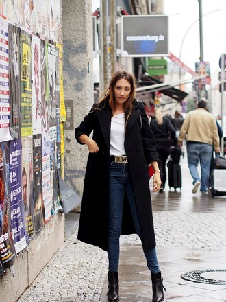 nina @ www.helloshopping.de - it's a blog. blogger coat t-shirt belt shoes wool coat black coat ankle boots fall outfits
