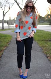 living in color print,sweater,pants,shoes,sunglasses,jewels,heart,grey