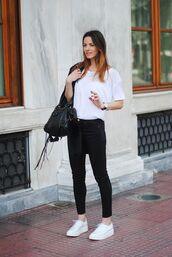 shoes,white shirt,black jeans,black bag,white sneakers,blogger