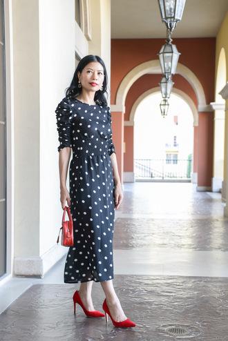 mamainheels blogger shoes dress bag red bag pumps red heels high heel pumps midi dress polka dots
