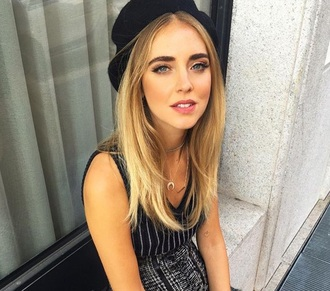 jewels jewelry necklace crescent pendant horn horn necklace chiara ferragni the blonde salad blogger instagram
