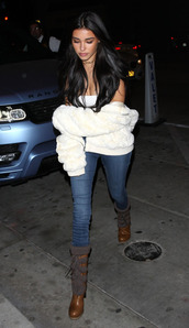 jeans,boots,madison beer,top,jacket