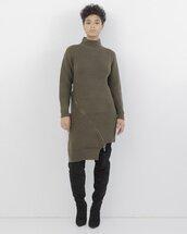 dress,sweater dress,ribbed,ribbed dress,knit,olive green,olive dress,olive green dress,knitwear,knitted dress,long sleeves,long sleeve dress