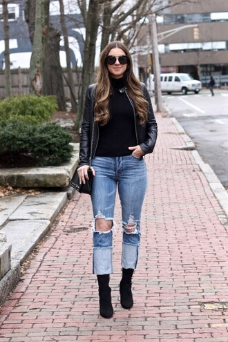 lamariposa blogger jacket sweater jeans shoes bag sunglasses leather jacket ankle boots