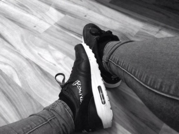 shoes air max tiger