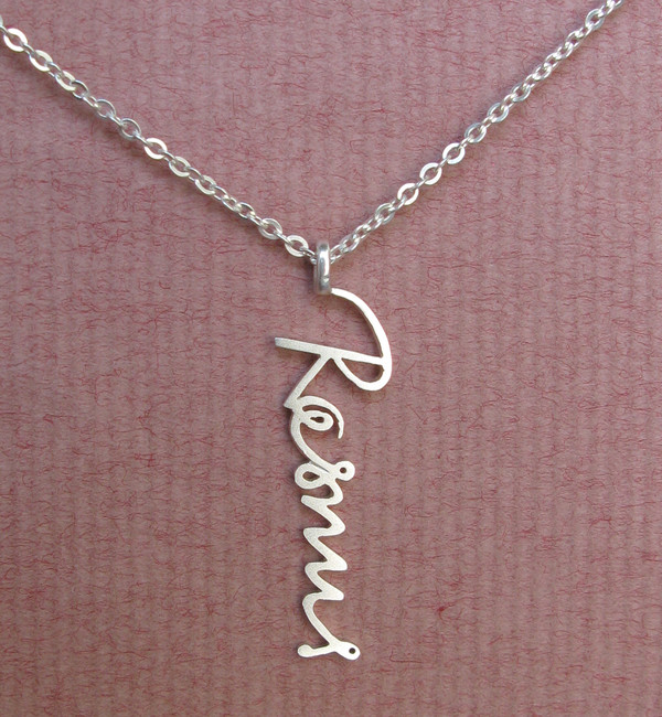 jewels signature style name name necklace memorial necklace handmade made to order handwriting signature necklace handcrafted jewelry personalized necklace signature signature necklace signature pendant vertical signature necklace sterling silver 925 jewelry jewelry store online birthday gift mom gift mom necklace