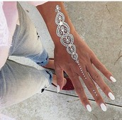 nail accessories,silver tattoos,gold tattoos