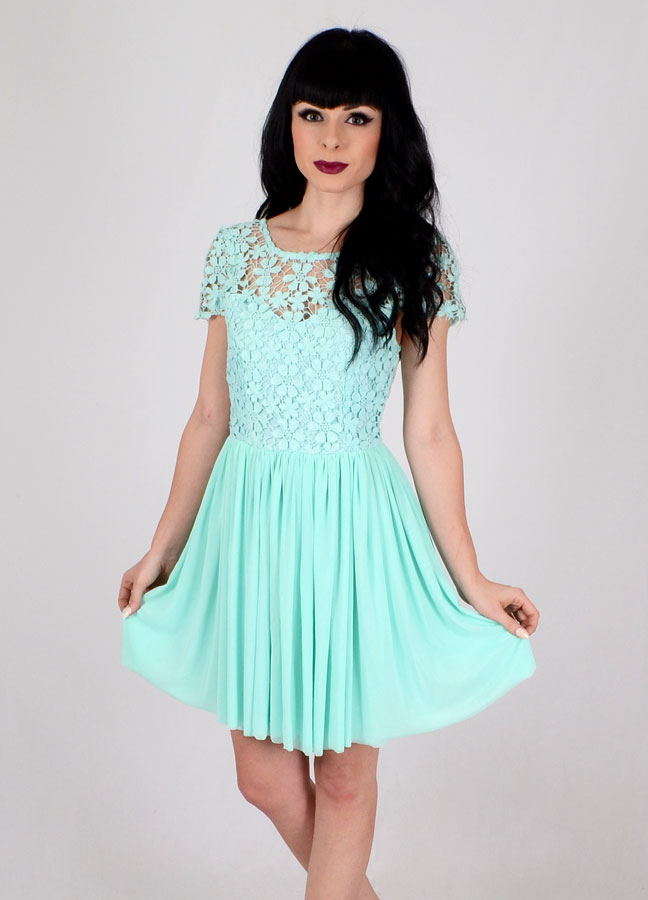 Pretty Mint Dress | Crochet Dress | CLOTHES Dresses | BOGATTE