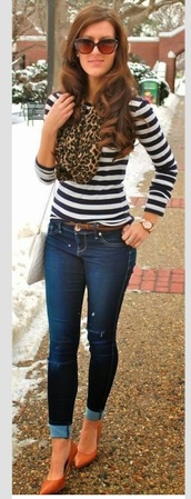 blouse,navy stripes,heels,belt,jeans,scarf,jewels