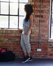 pants,track pant