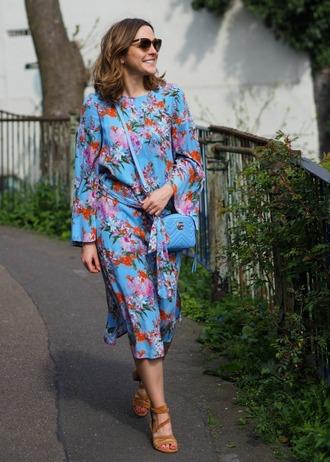 blogger top dress skirt tank top blue dress floral dress blue bag crossbody bag gucci bag sandals spring outfits