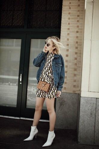 the fashion sight blogger jacket dress shoes sunglasses bag