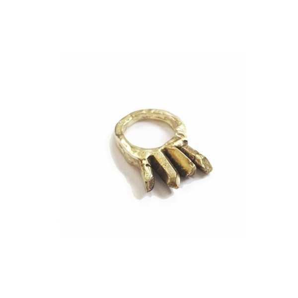 jewels ring crystal brass