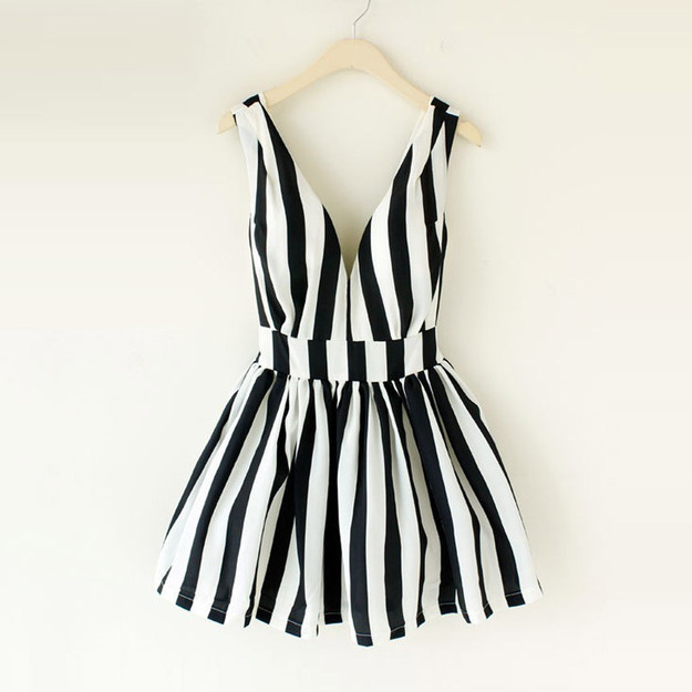 House woman home Hepburn retro fresh striped tie chest deep V booster back heart skirt dress tutu L228-ZZKKO ($16.00) - Svpply