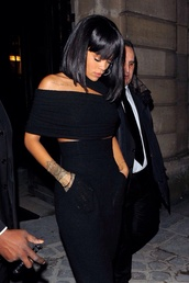 top,rihanna,black,crop tops,dress