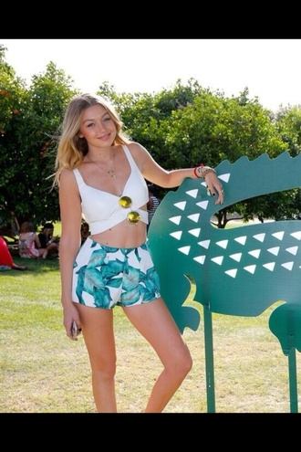 pants green shorts gigi hadid flowers coachella sunglasses