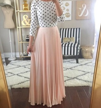 skirt pastel maxi maxi skirt outfit crop tops white crop tops crop polka dots black and white long sleeves high waisted skirt fashion style
