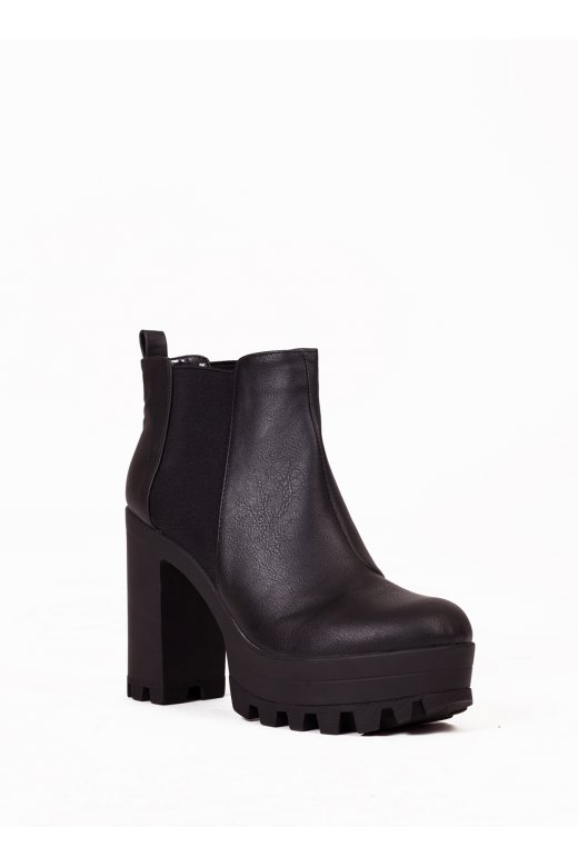 Chunky Heel Chelsea Boots In Black - from The Fashion Bible UK