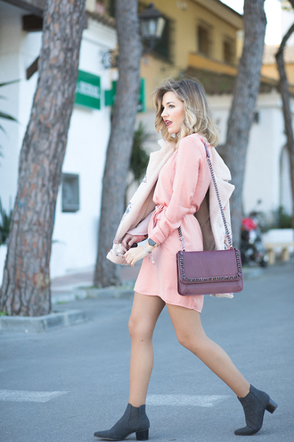 mi aventura con la moda blogger dress jacket shoes bag t-shirt jewels jeans