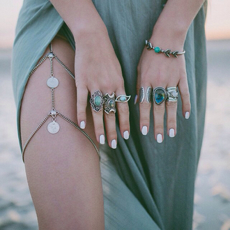jewels dress big rings rings and jewelry blue rings silver skirt three rings leg chain boho leg chain