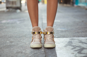 shoes,sneakers,hype,style,fashion,street,girl,girly,baskets,gold