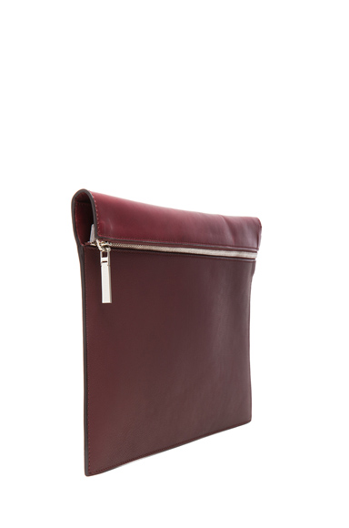 Large zip pouch in oxblood