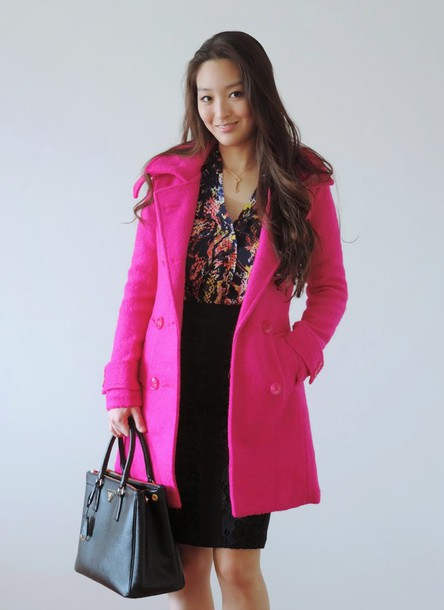 sensible stylista blogger blouse pink coat office outfits black skirt pencil skirt