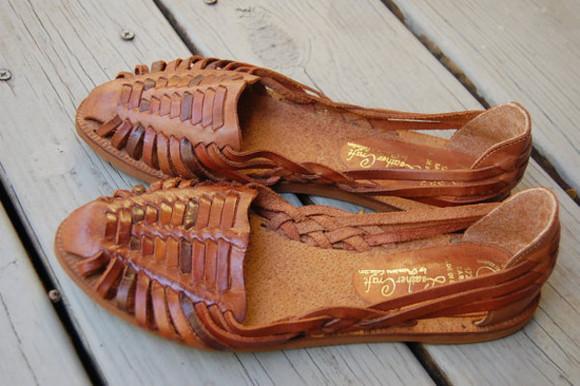 woven sandal shoes