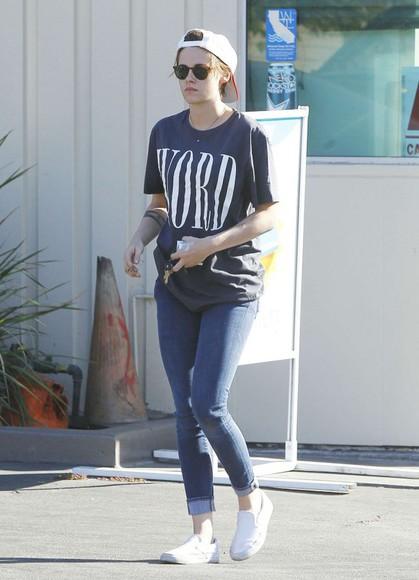 kristen stewart top jeans t-shirt