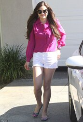 blouse,celebrity,fuchsia,hot pink,chiffon,top,pink,long sleeves,clothes,hailee steinfled