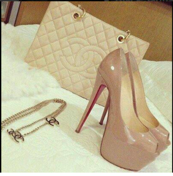 shoes bag chanel high heels louboutin jewels wheretoget